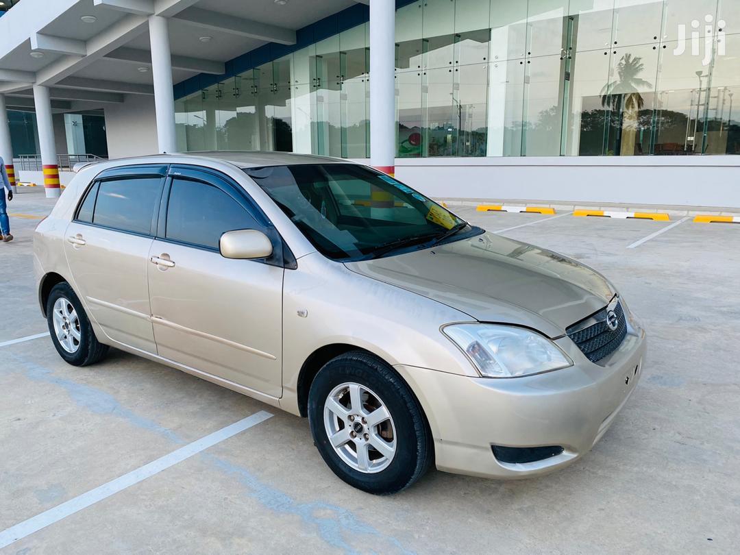 Archive: Toyota Corolla 2002 Gold