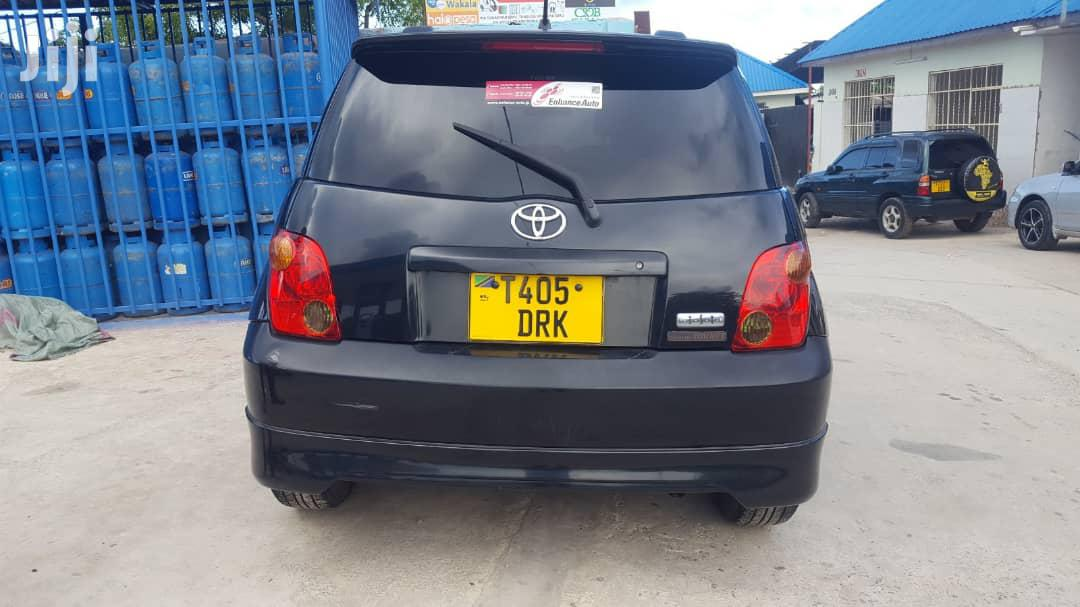 Archive: New Toyota IST 2004 Black