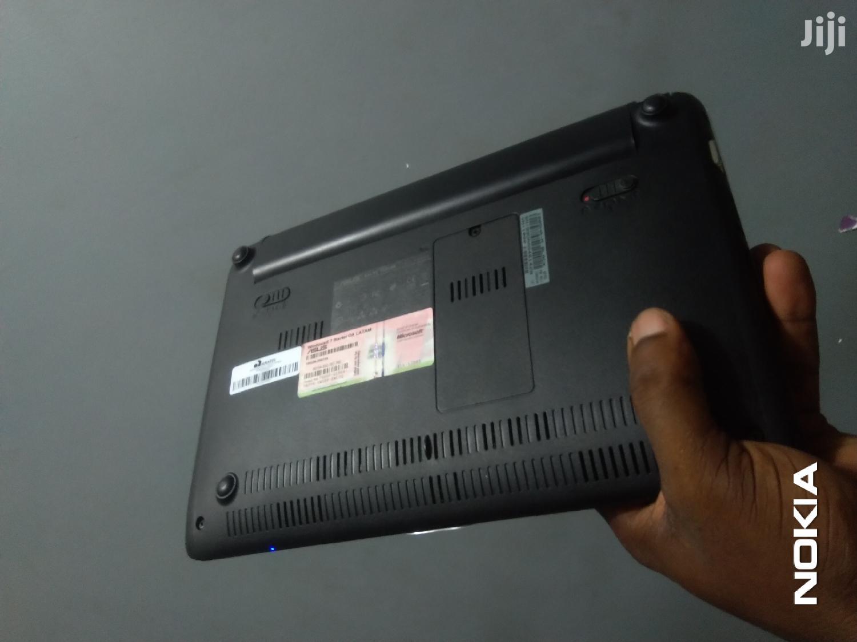 Archive: New Laptop Asus Eee PC 1005HA 2GB Intel Atom HDD 250GB