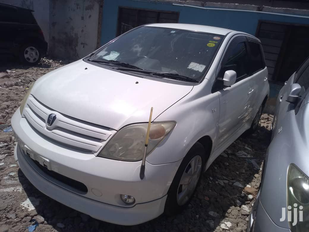 Archive: New Toyota IST 2008 White