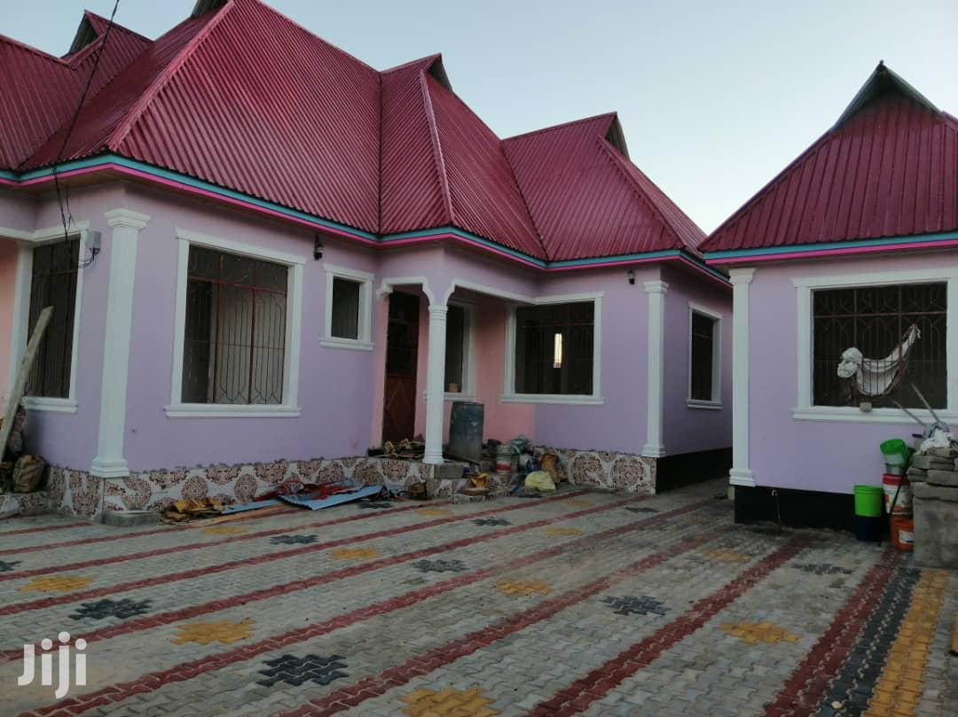 Hii Iko Sokoni   Houses & Apartments For Sale for sale in Chamazi, Temeke, Tanzania