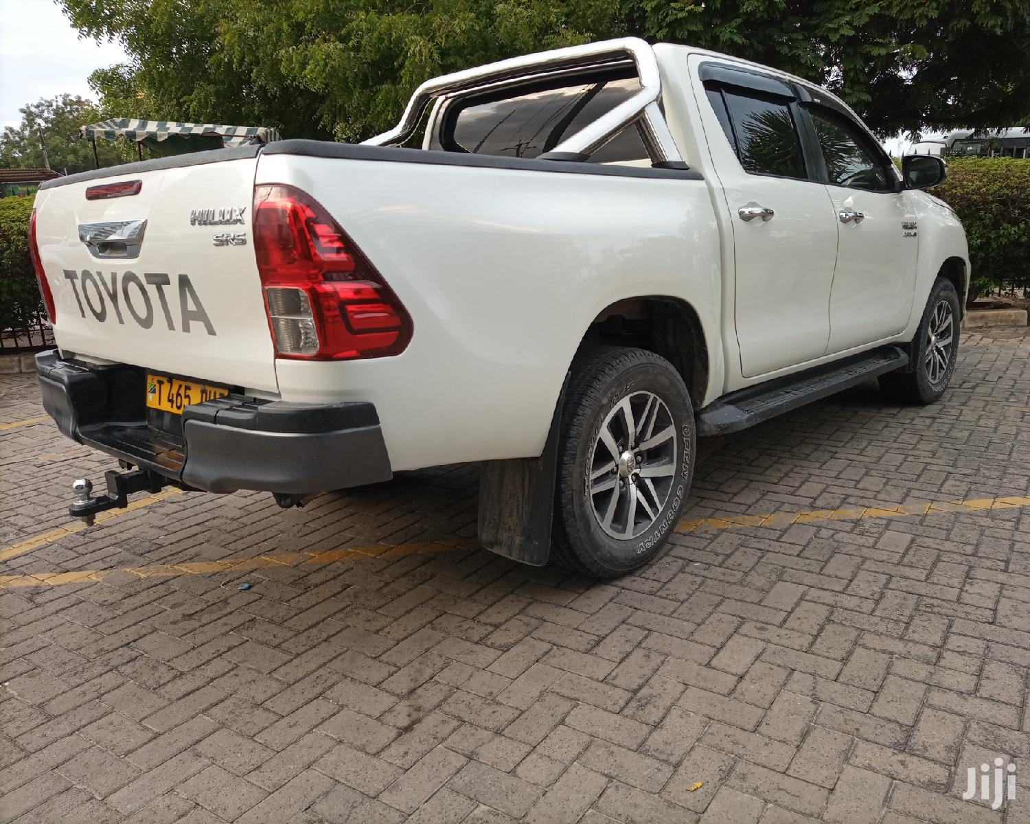 New Toyota Hilux 2018 SR 4x4 White | Cars for sale in Kinondoni, Dar es Salaam, Tanzania