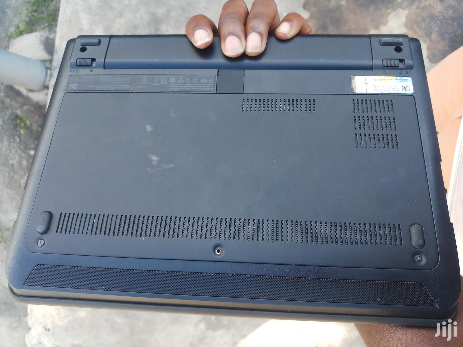 Archive: Laptop Lenovo ThinkPad X131e 4GB Intel Core i3 HDD 320GB