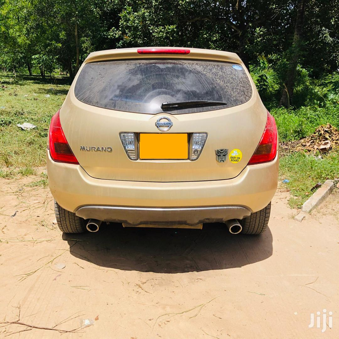 Archive: Nissan Murano 2005 V6 4x4 Gold