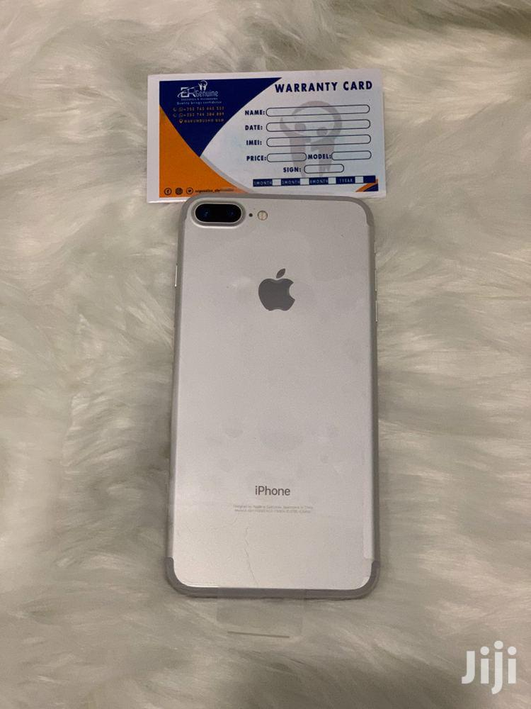 New Apple iPhone 7 Plus 32 GB White
