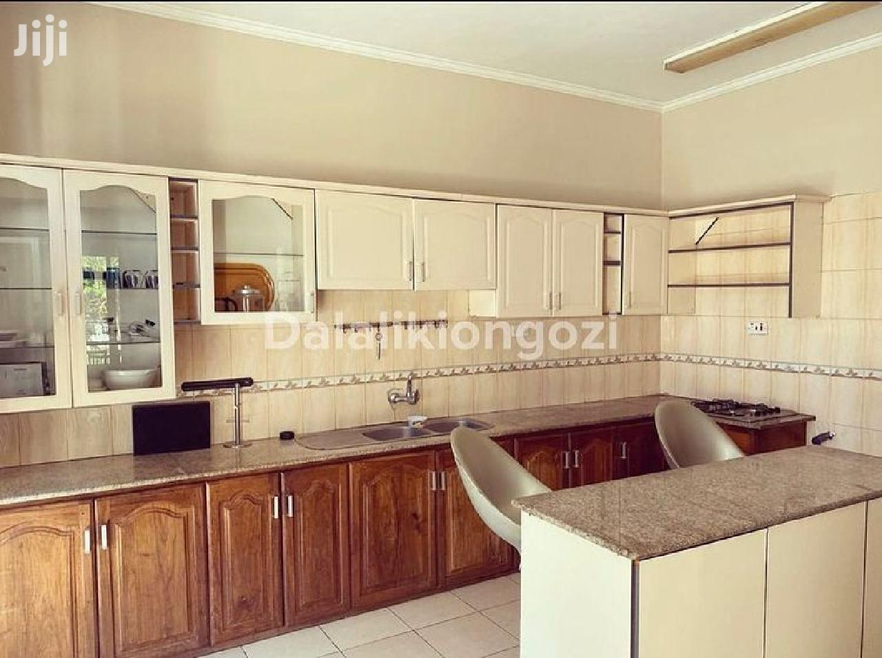 Three Bedrooms House For Rent