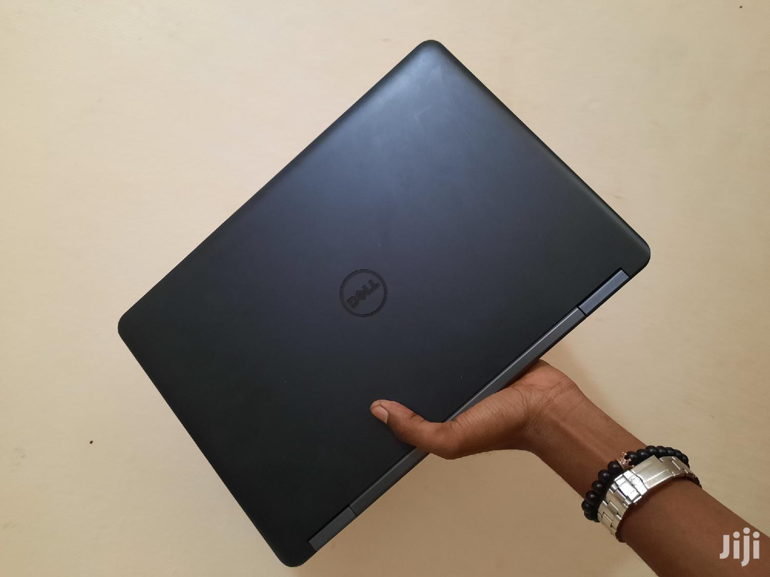 Archive: Laptop Dell Latitude 5480 4GB Intel Core i3 HDD 500GB