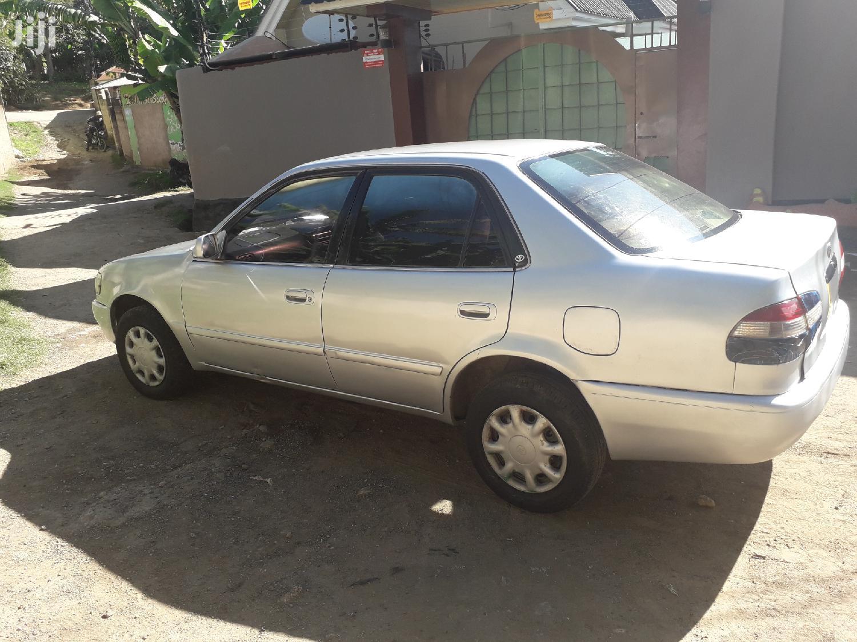 Archive: Toyota Corolla 1997 Silver