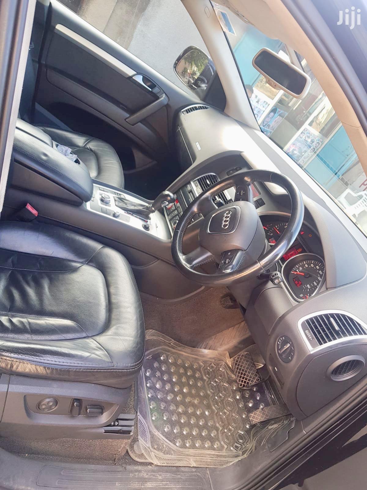 Archive: Audi Q7 2007 Black