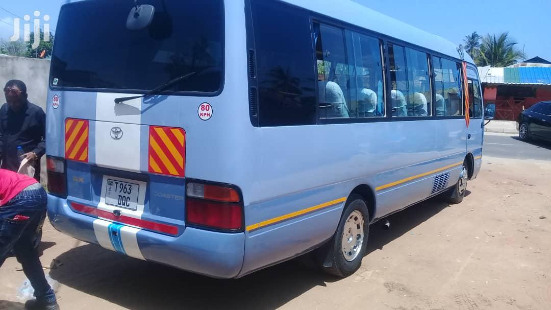 Toyota Coaster 2004   Buses & Microbuses for sale in Kinondoni, Dar es Salaam, Tanzania