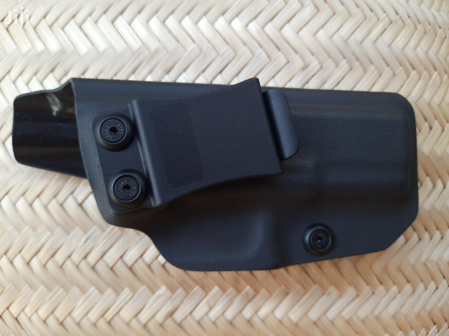 Archive: Pistol Holsters