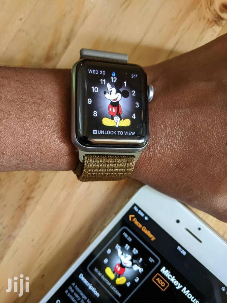 Archive: Apple Watch Series 3 42mm