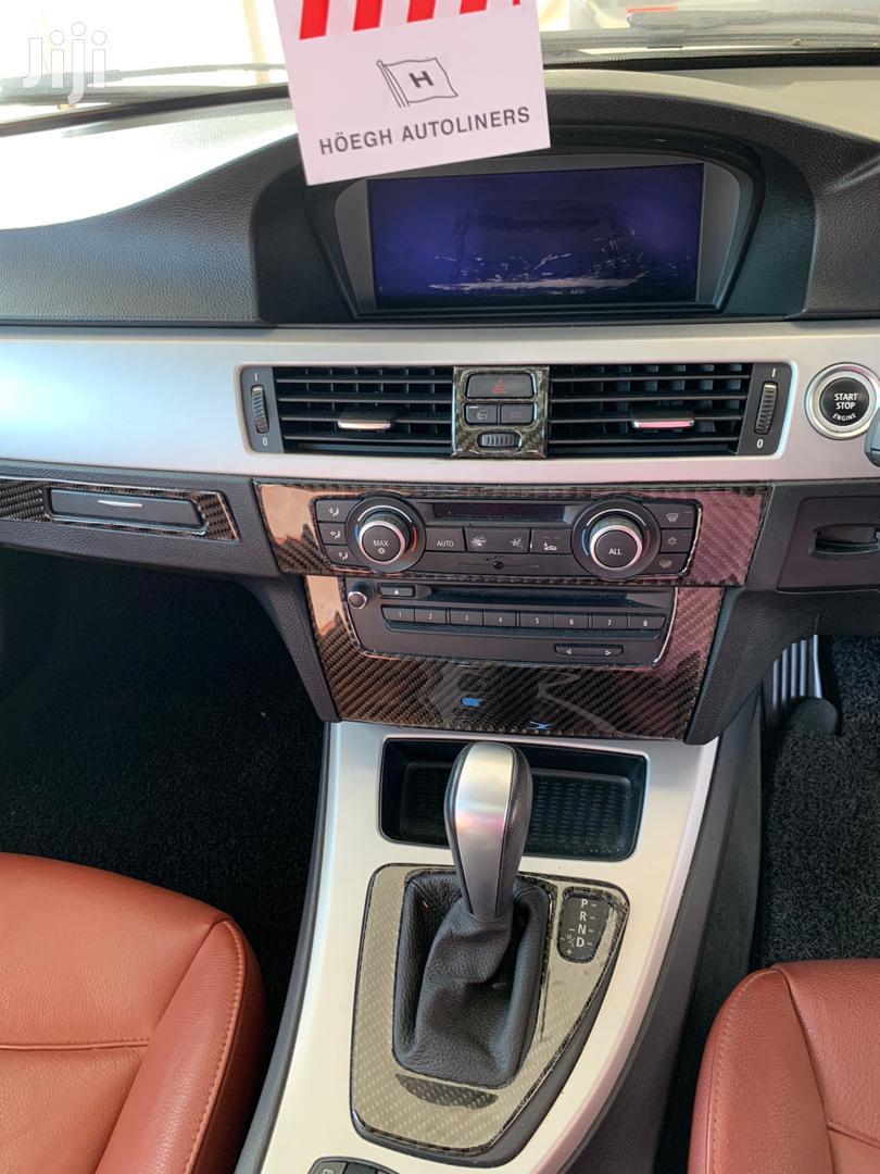 Archive: BMW 325i 2010 Black