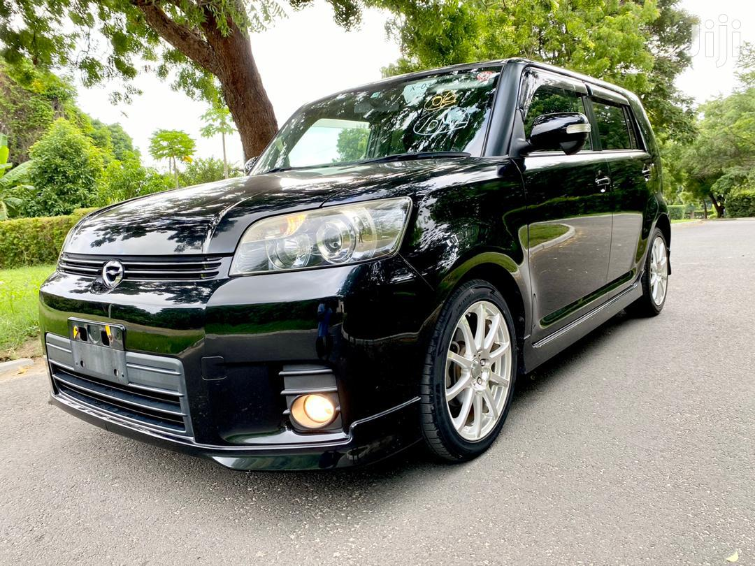 Archive: Toyota Corolla Rumion 2008 Hatchback 1.5 FWD Black