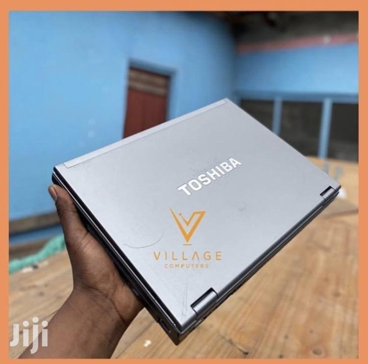 Archive: Laptop Toshiba Satellite Pro P300 2GB Intel Core 2 Duo HDD 250GB