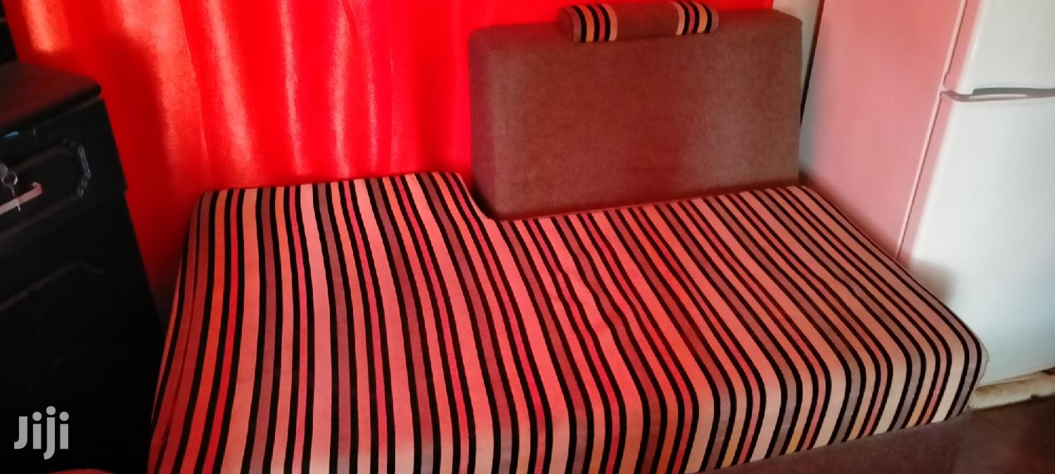 Archive: Used Sofa Available at Soweto Moshi