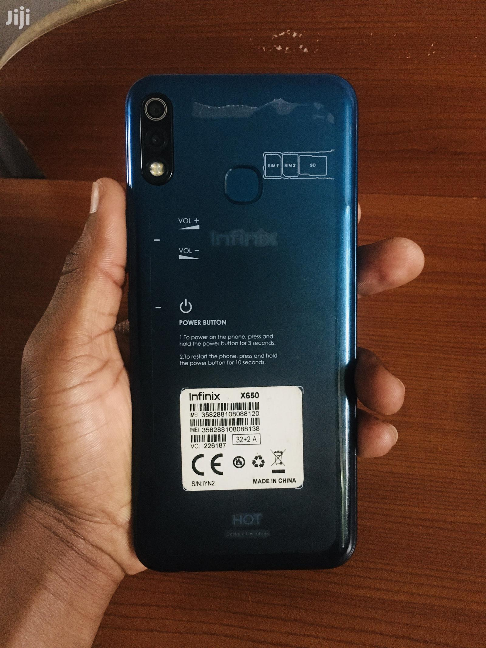 Infinix Hot 8 Lite 32 GB Blue