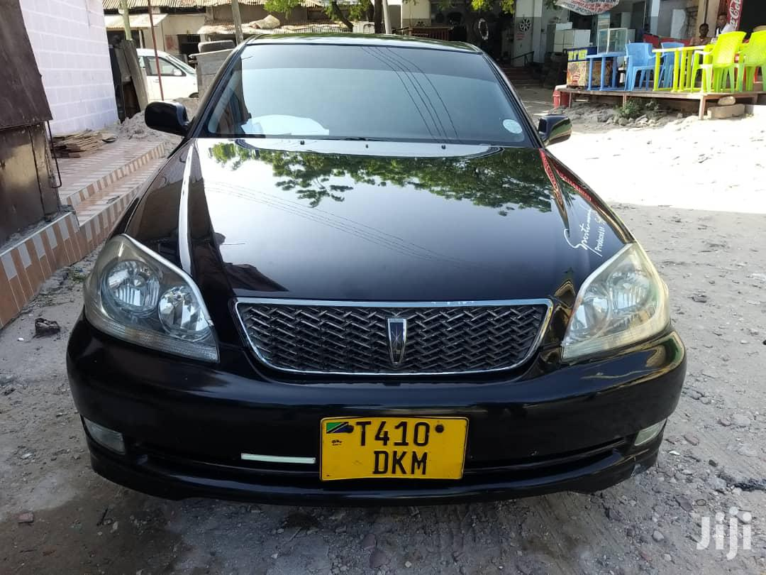 Archive: Toyota Mark II 2004 Black