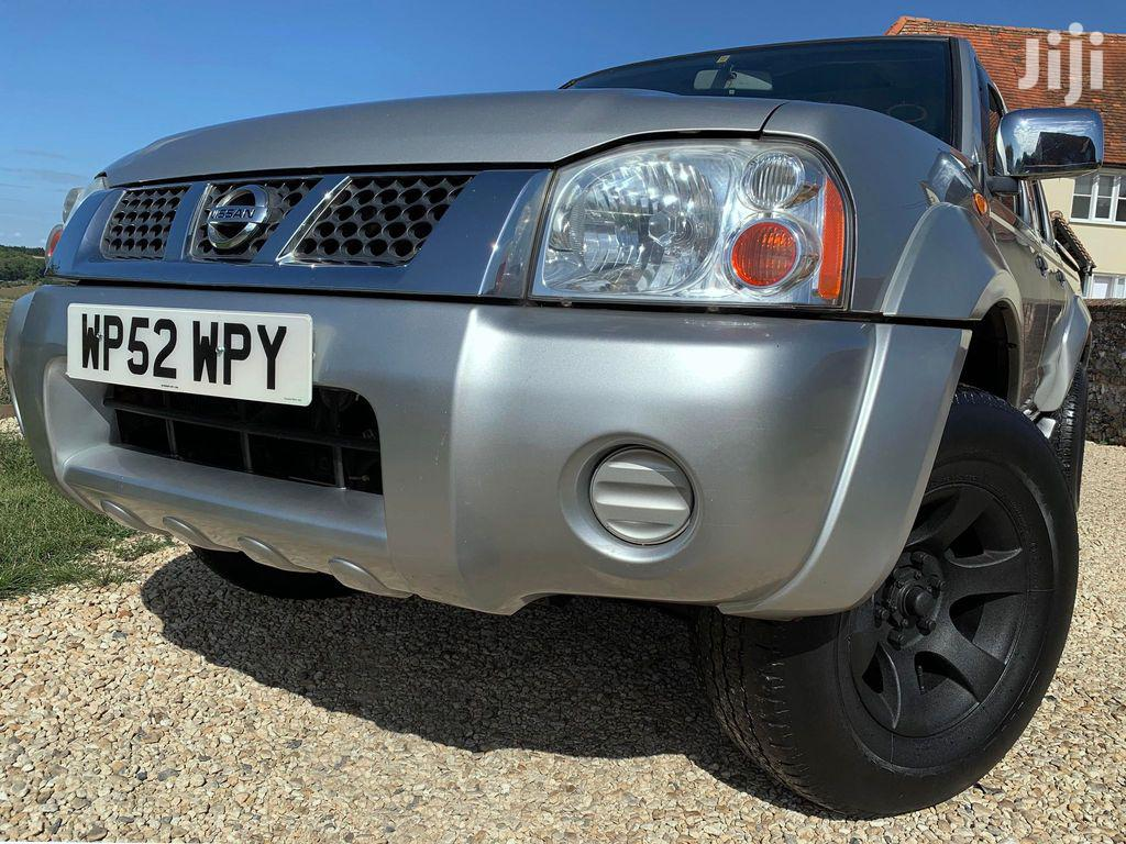 Archive: Nissan Navara 2003 Silver