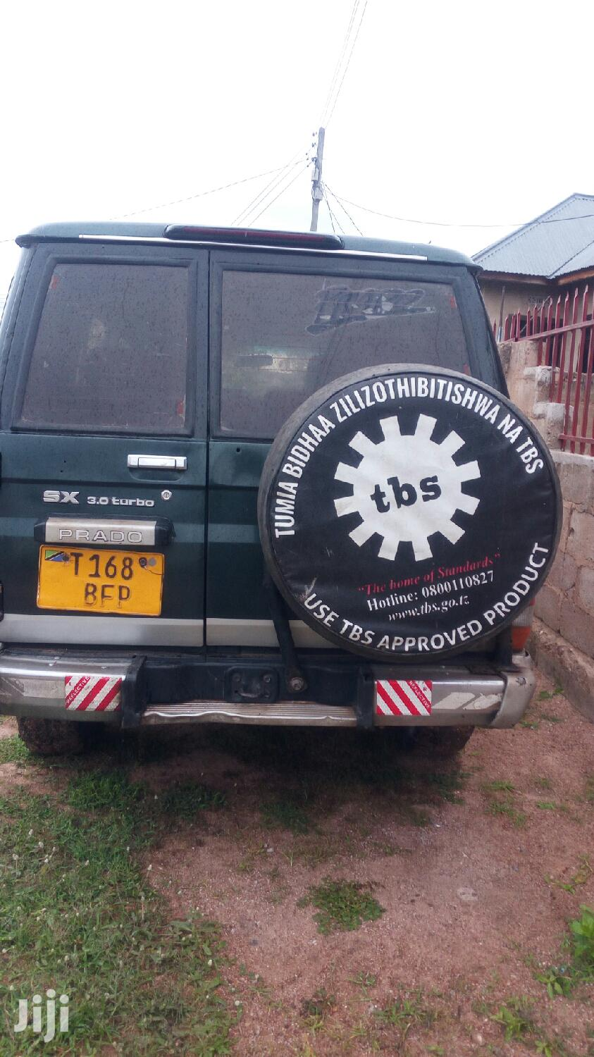 Archive: Toyota Land Cruiser 2002 90 Automatic Gray