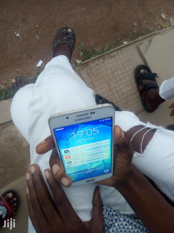 Archive: Samsung Galaxy A8 32 GB Gold