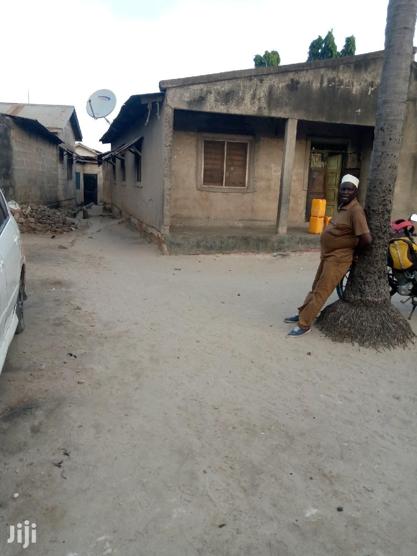 Kiwanja Kinauzwa Mtongani. Ukubwa Ni Sqm 500 | Land & Plots For Sale for sale in Temeke, Temeke, Tanzania