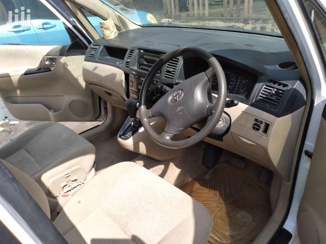 Archive: Toyota Corolla Spacio 2006 White