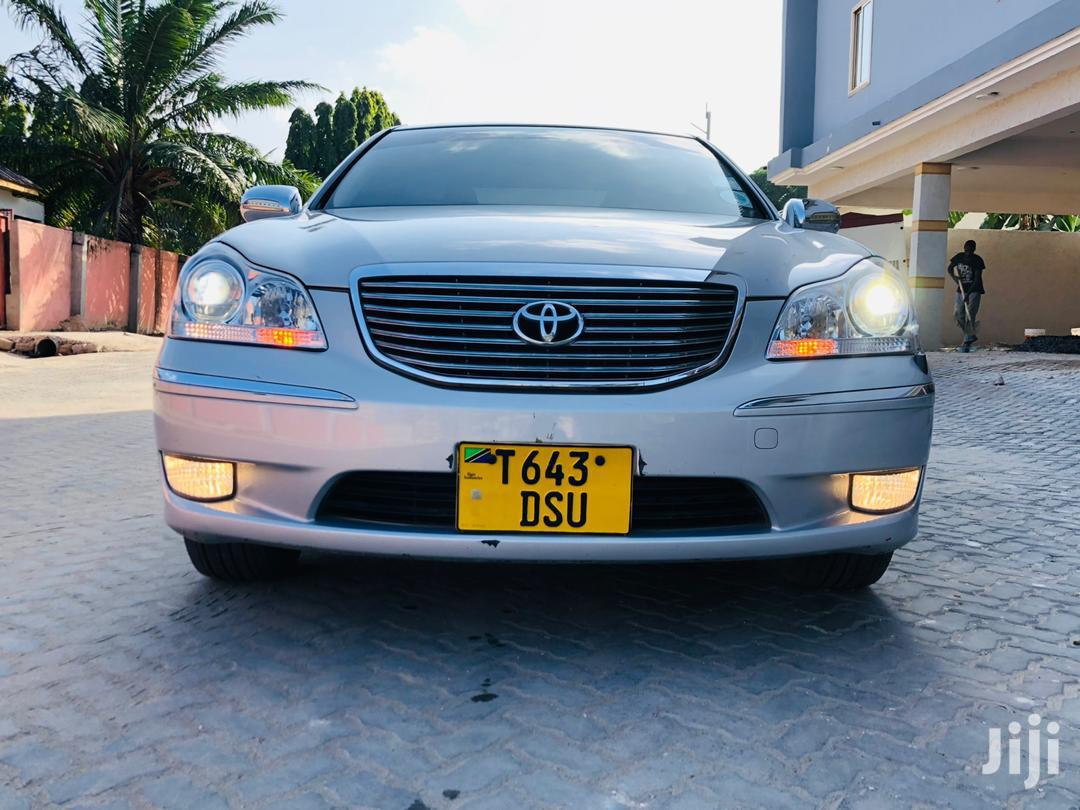 Archive: Toyota Crown 2007 Silver
