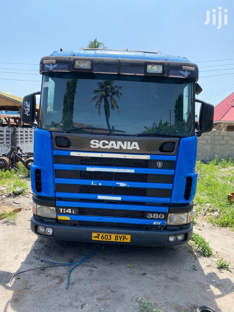 Scania Horse 114l-380