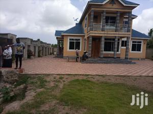 Jengo Ragorofa Linauzwa Jengo Lina Vyumba Vinne Vya Kulala   Houses & Apartments For Sale for sale in Dar es Salaam, Temeke