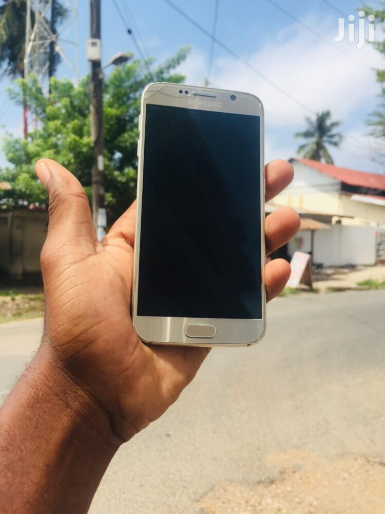 Samsung Galaxy S6 32 GB Gold | Mobile Phones for sale in Kinondoni, Dar es Salaam, Tanzania