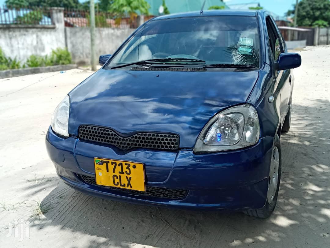 Archive: Toyota Vitz 2004 Blue