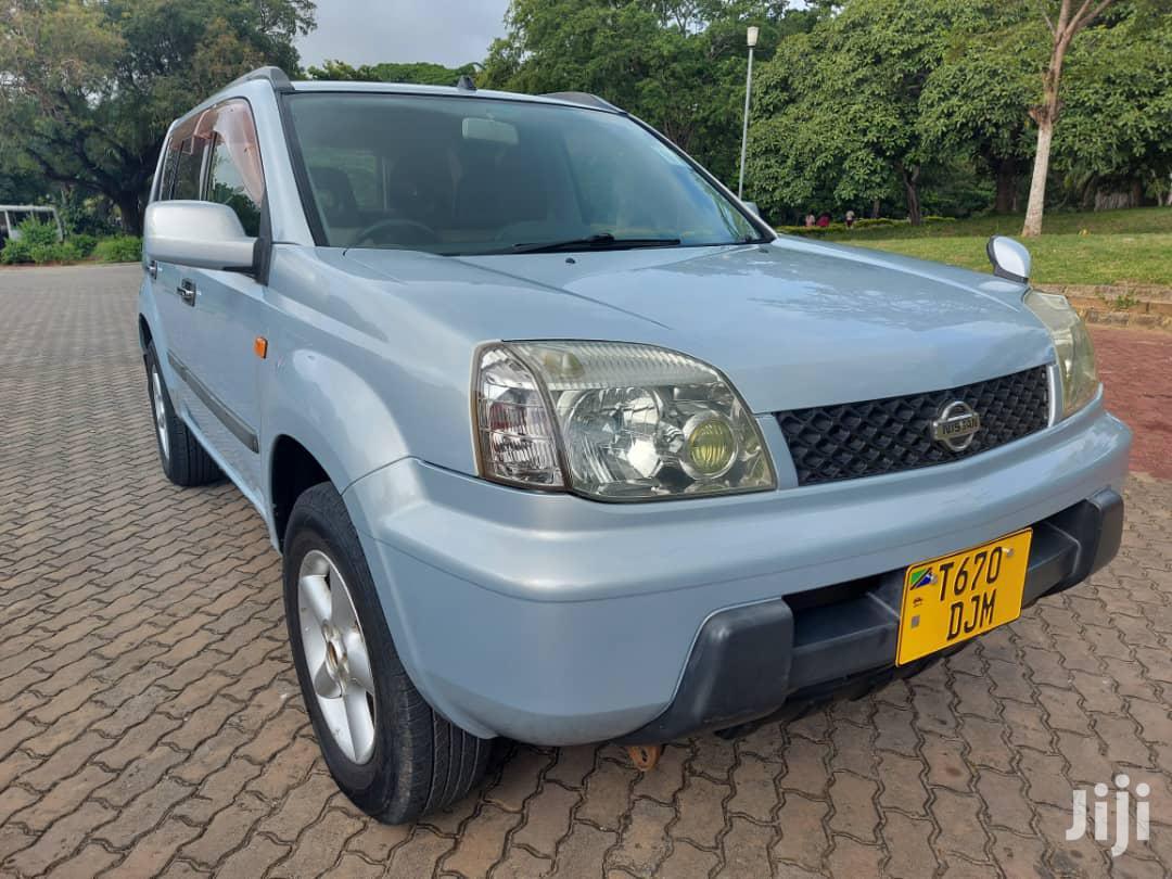 Archive: Nissan X-Trail 2002 Blue