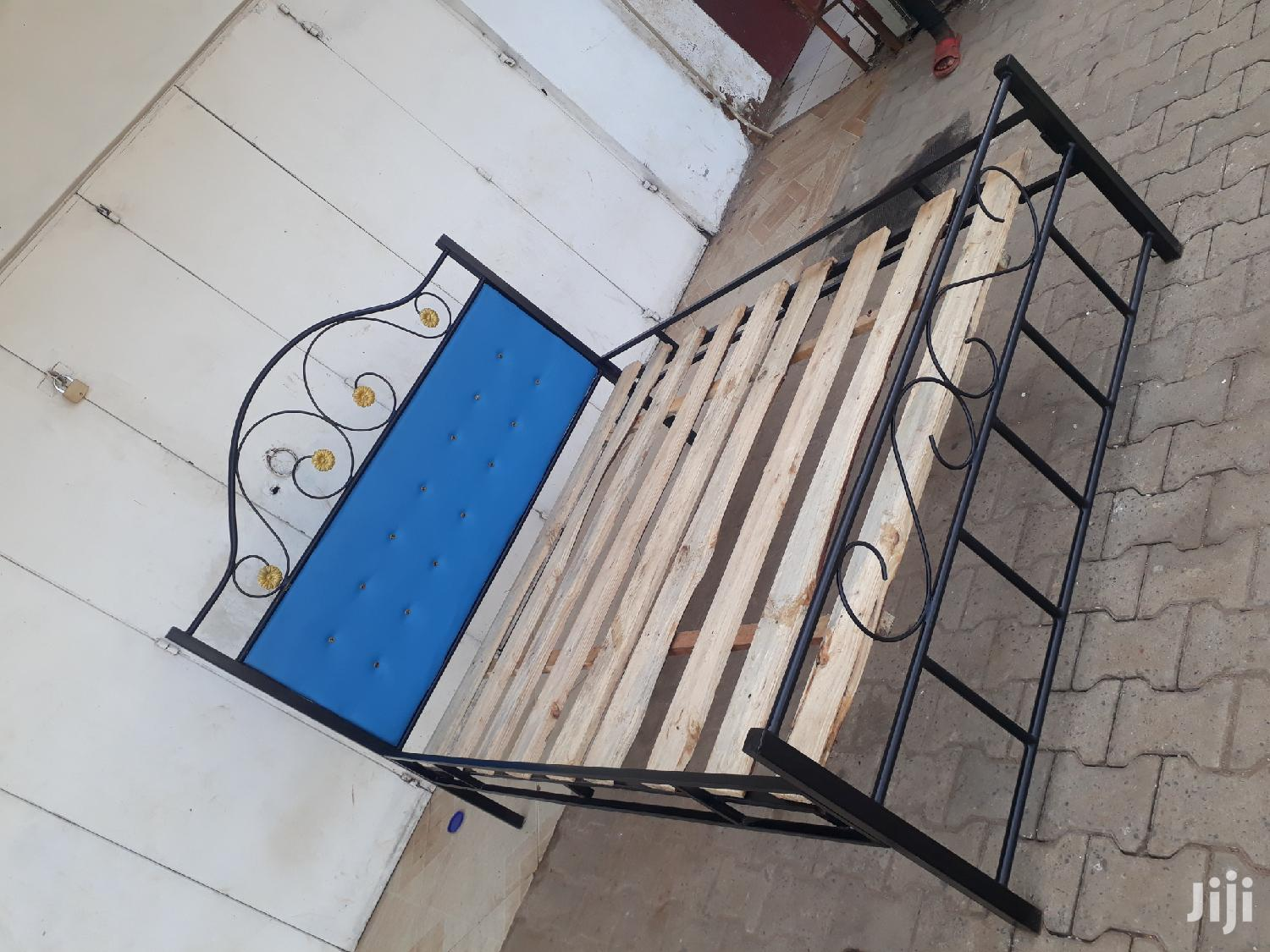 Archive: Iron Bed