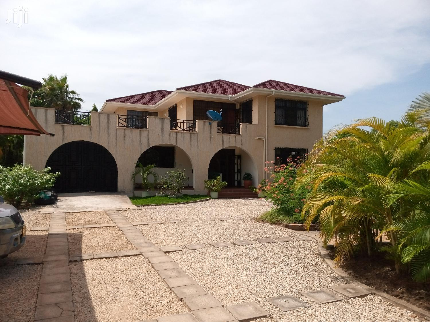 5 Bedrooms House At Mbezi Beach For Rent