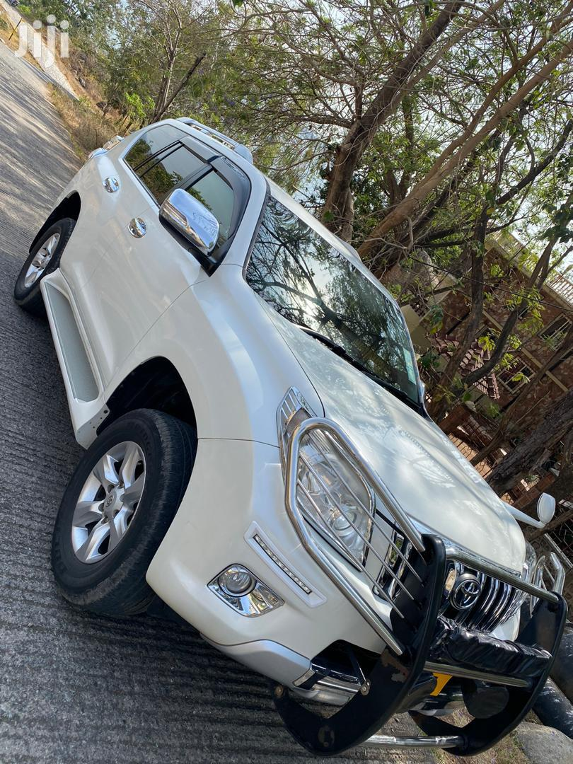 Toyota Land Cruiser Prado 2015 2.7 VVT-i White | Cars for sale in Kinondoni, Dar es Salaam, Tanzania