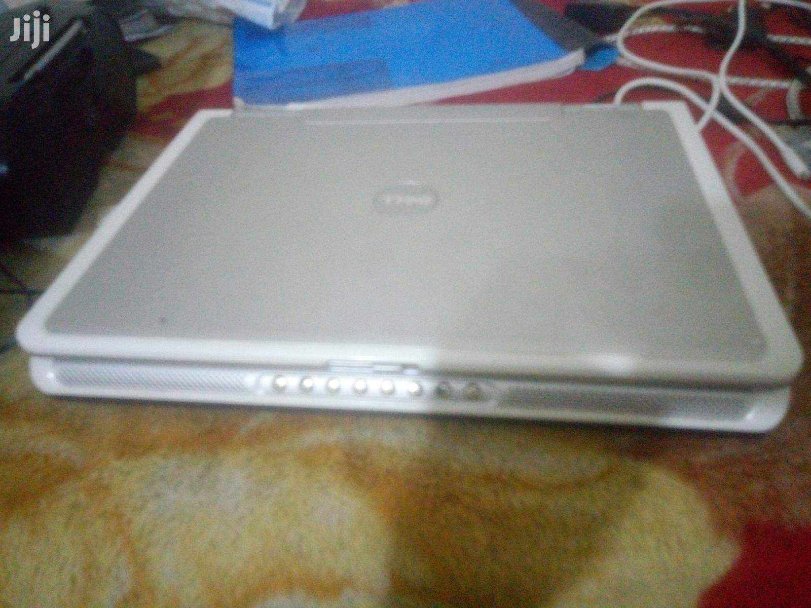 Archive: Laptop Dell 32GB Intel HDD 250GB