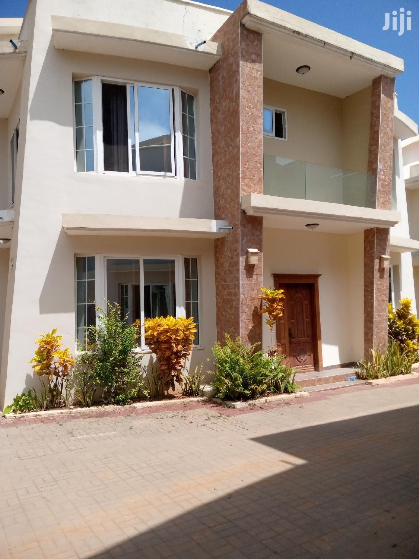 4 Bedrooms Villa At Mbezi Beach For Rent