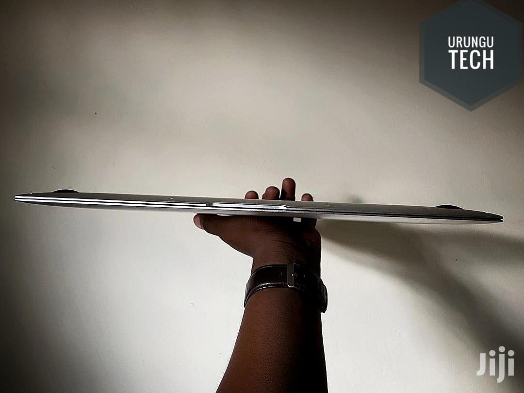Archive: Laptop Apple MacBook Air 8GB Intel Core i5 SSD 128GB