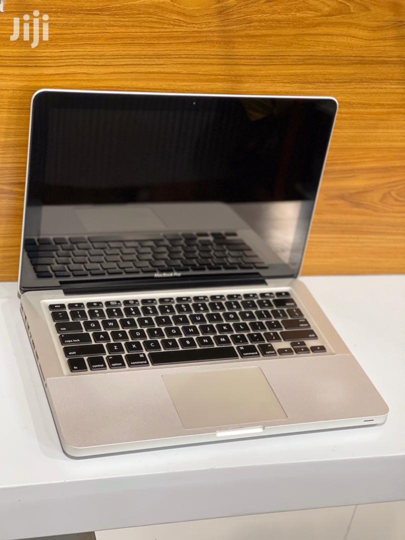 Archive: Laptop Apple MacBook Pro 2011 4GB Intel Core 2 Duo SSD 256GB