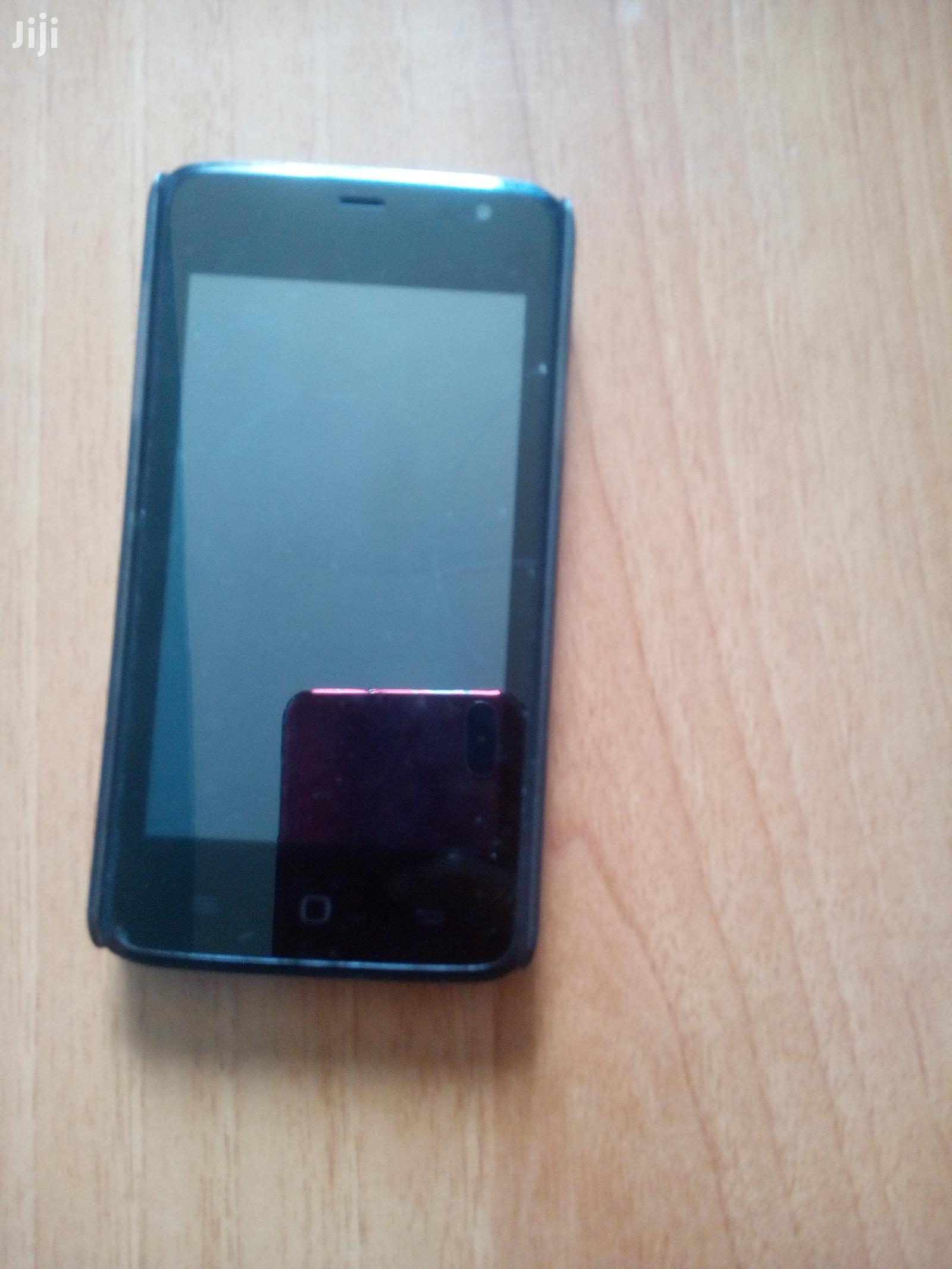 Archive: Tecno Y3 8 GB Black