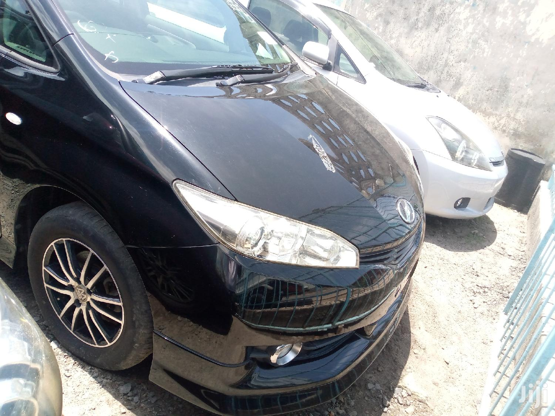 New Toyota Wish 2011 Black