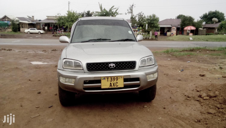 Toyota RAV4 1999 Base 4x4 Silver | Cars for sale in Njombe Urban, Njombe Region, Tanzania