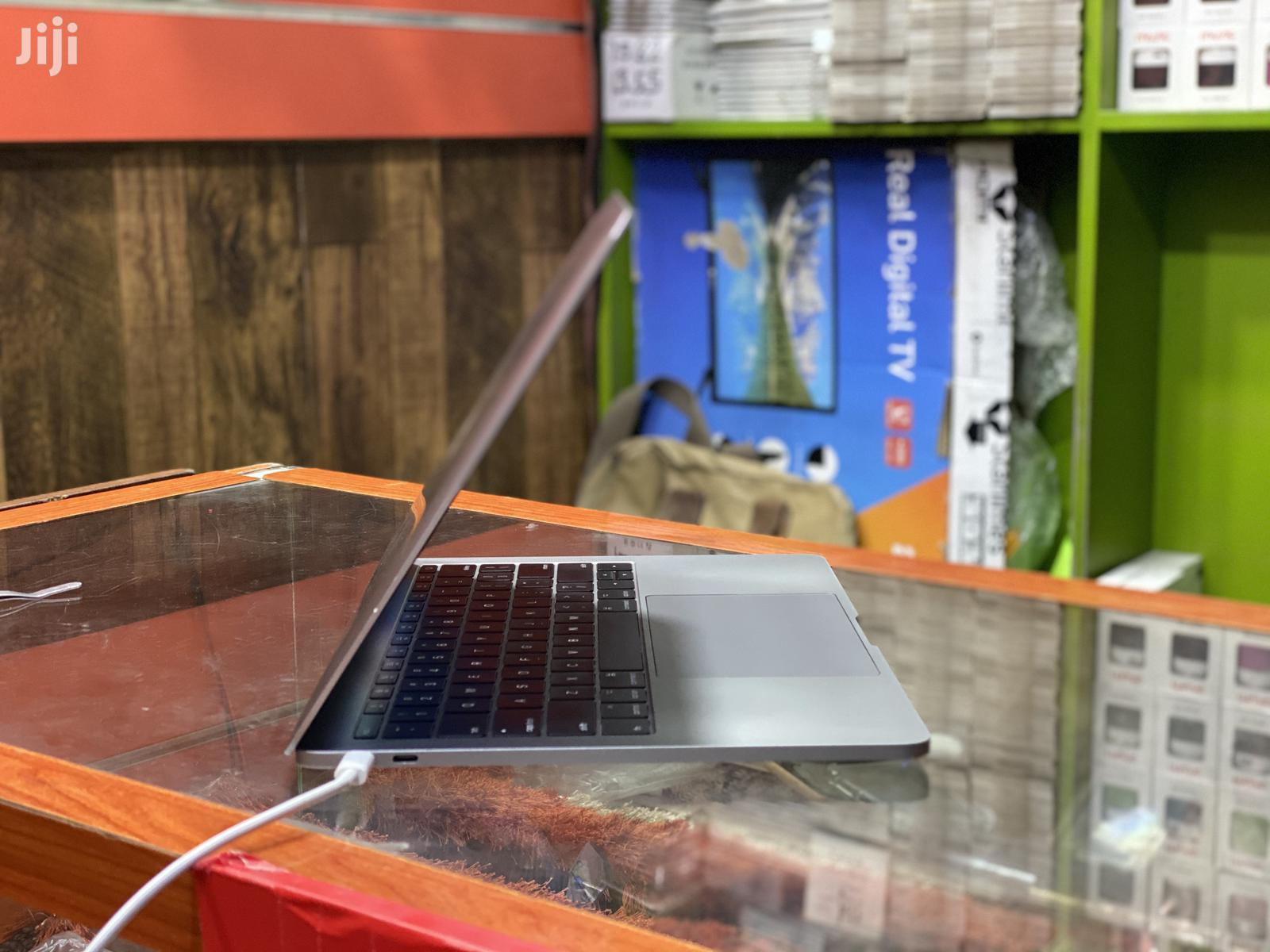 Laptop Apple MacBook 2017 8GB Intel Core I5 SSD 128GB | Laptops & Computers for sale in Ilala, Dar es Salaam, Tanzania