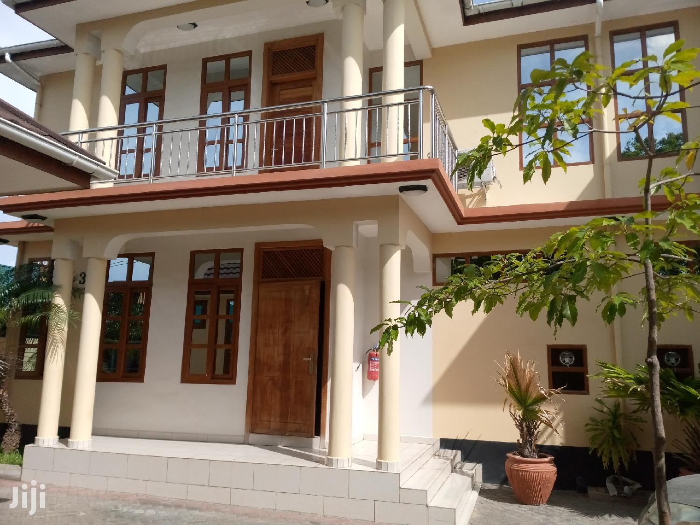 3 Bedrooms Villa At Mwenge For Rent