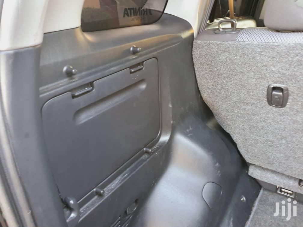 Archive: Toyota RAV4 2006 2.0 4x4 Black