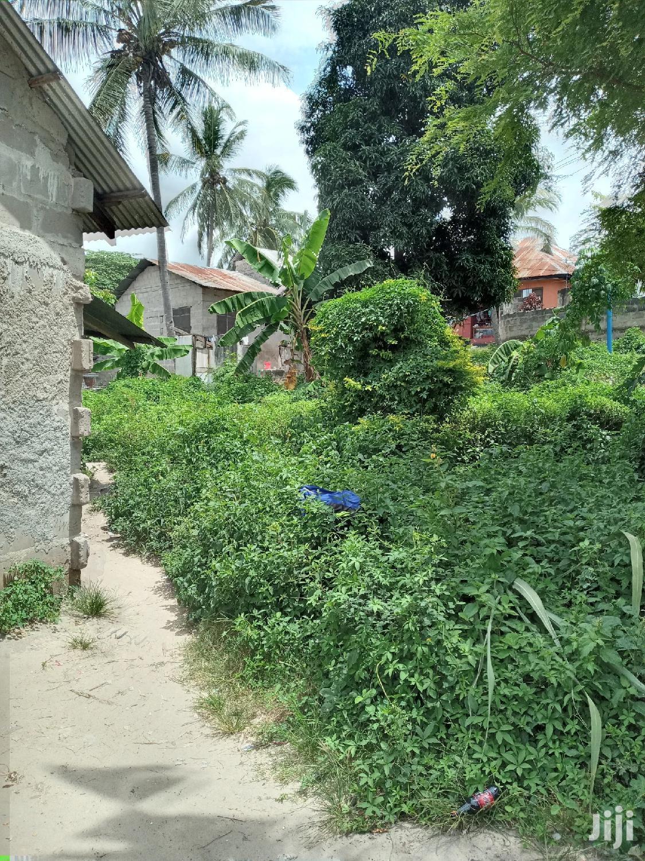 Kiwanja Kinauzwa Mbezi Kibanda Cha Mkaa | Land & Plots For Sale for sale in Mbezi, Kinondoni, Tanzania