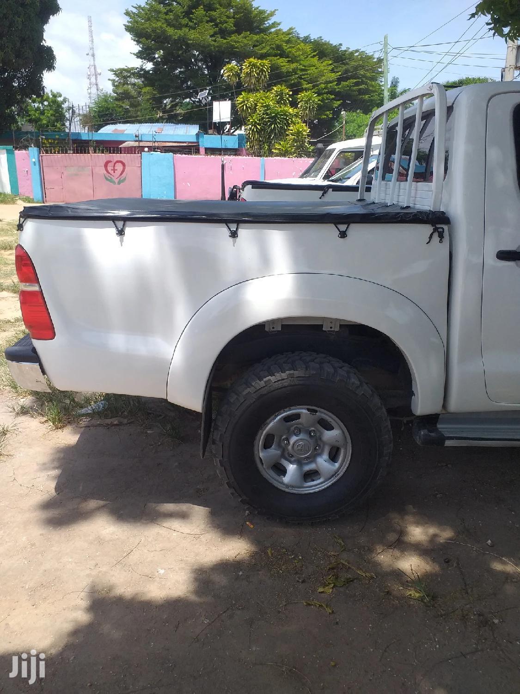 Toyota Hilux 2016 White | Cars for sale in Kinondoni, Dar es Salaam, Tanzania