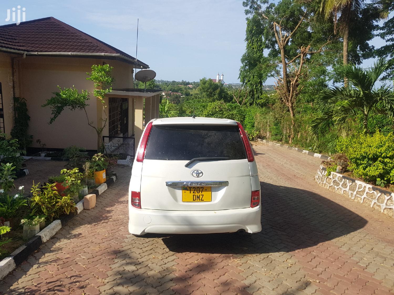 Toyota ISIS 2008 | Cars for sale in Kinondoni, Dar es Salaam, Tanzania