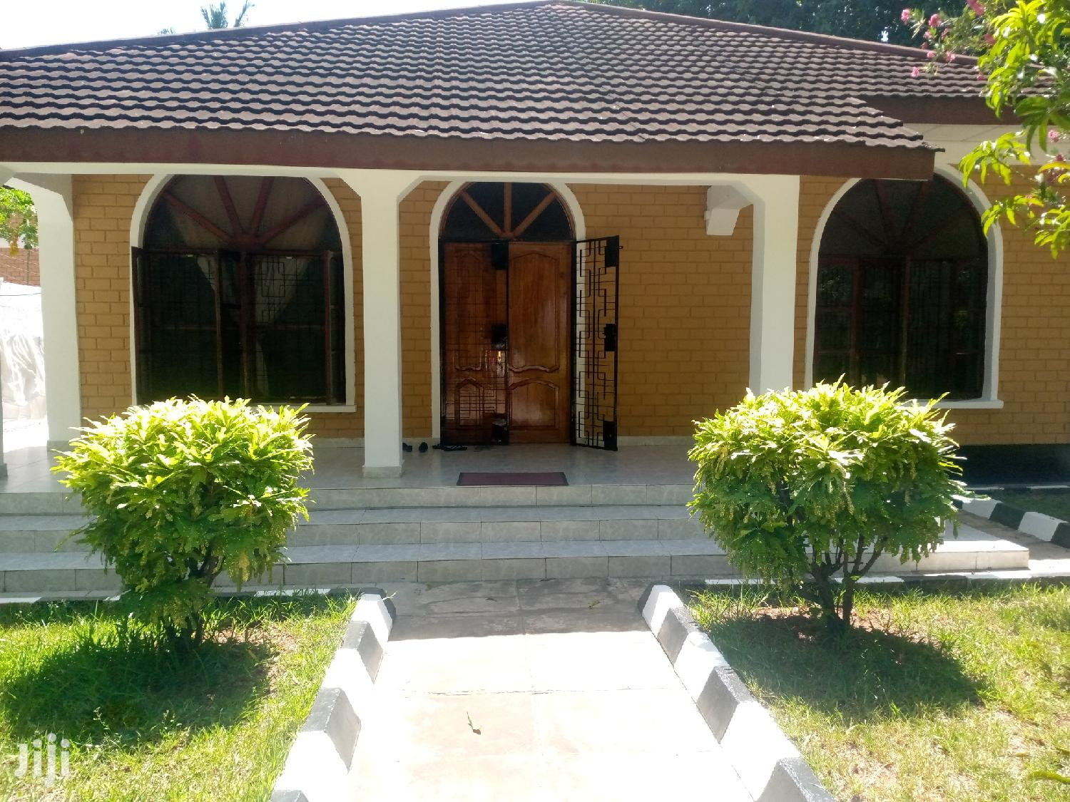 3bedrooms House at Mikocheni